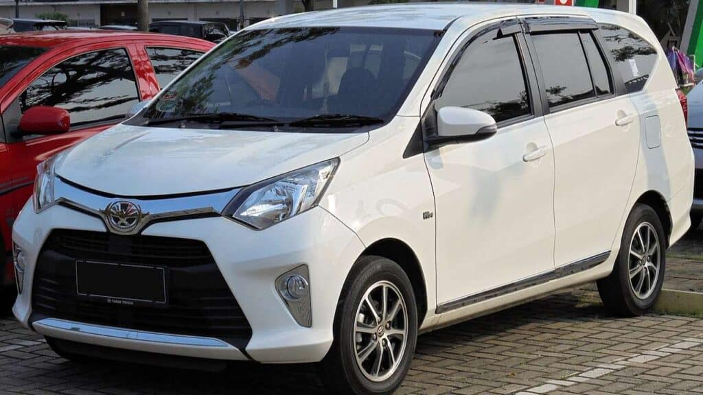 Harga Mobil Bekas 2017 Toyota Calya 1.2 G wagon B401RA 01 12 2019 by Wikimedia