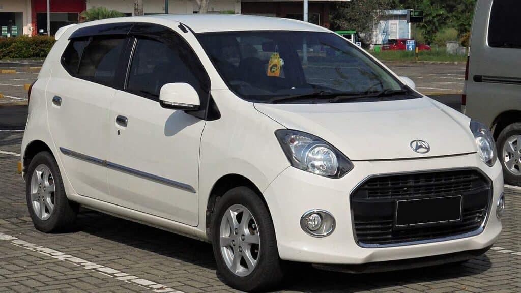 Harga Mobil Bekas 2014 Daihatsu Ayla 1.0 X B100RS by Wikimedia