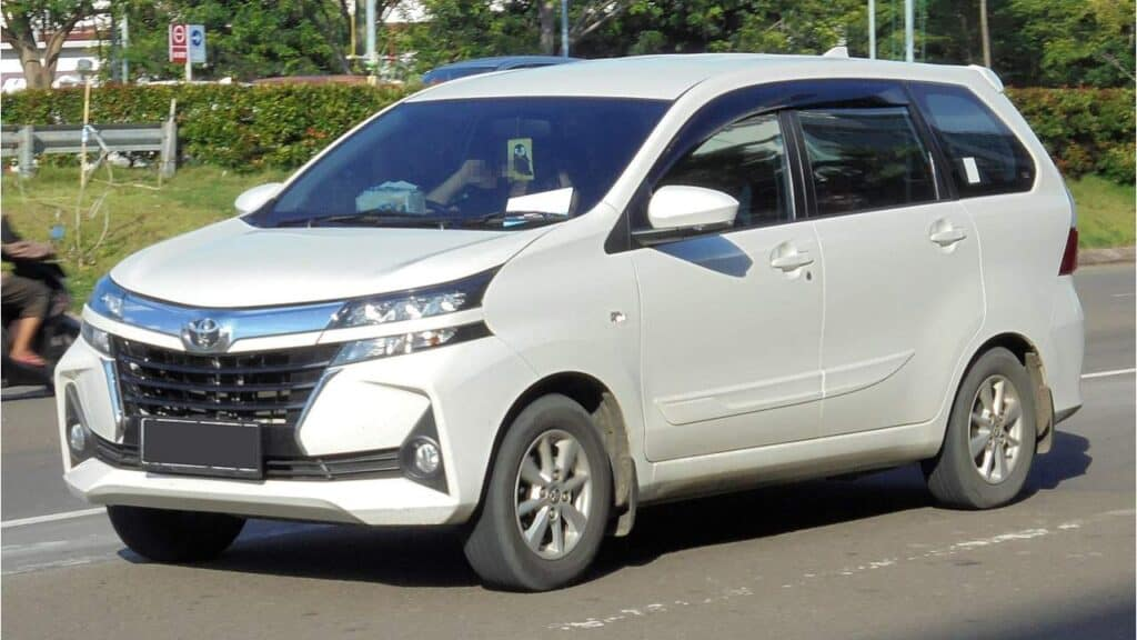 Harga Mobil Bekas 2019 Toyota Avanza 1.3 G F653RM by Wikimedia