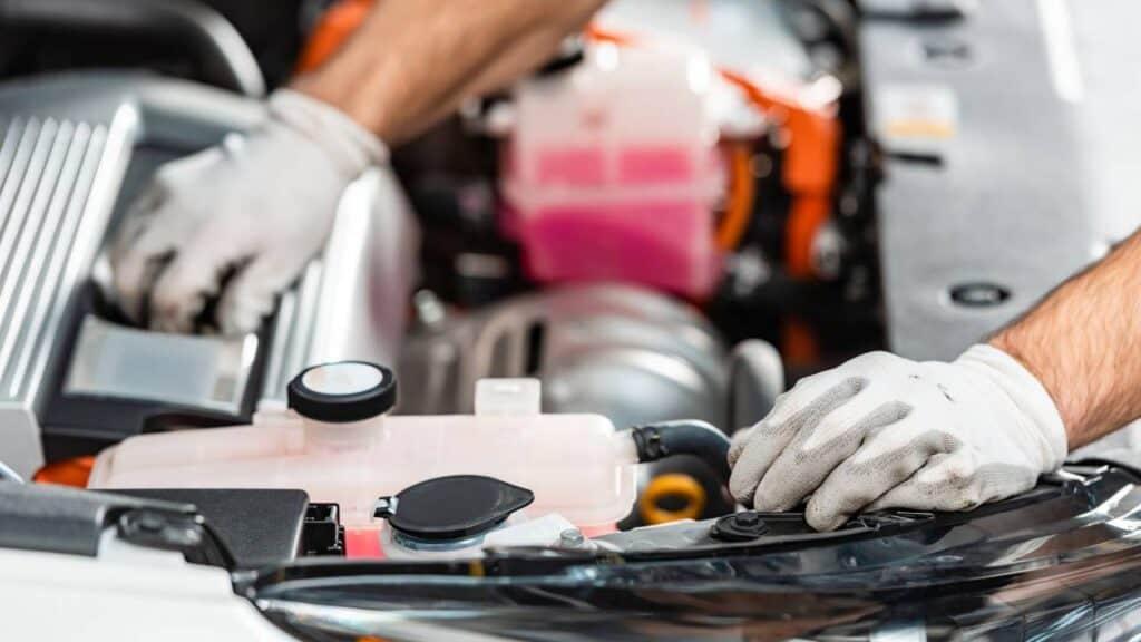 Sistem sistem Mesin Mobil Sebagai Pelengkap Komponen Otomotif