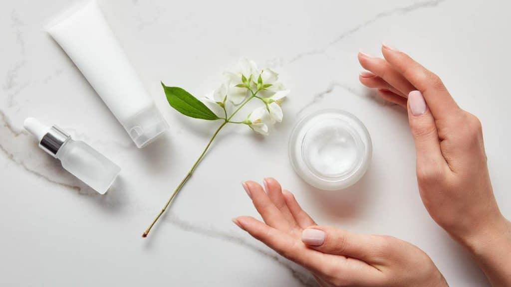 Skincare untuk Perawatan Wajah