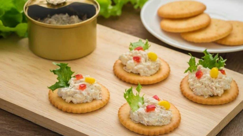 Crackers Tuna