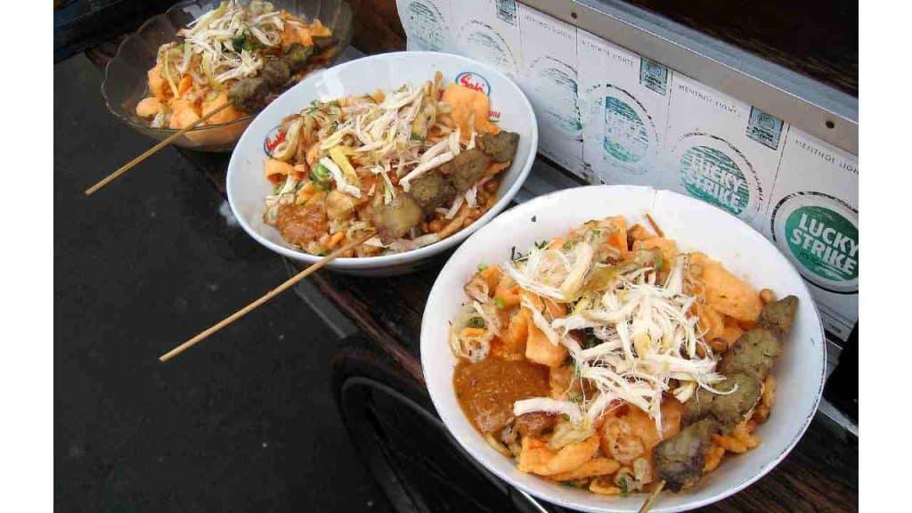 Resep Bubur Ayam Jakarta by Gunkarta Wikimedia