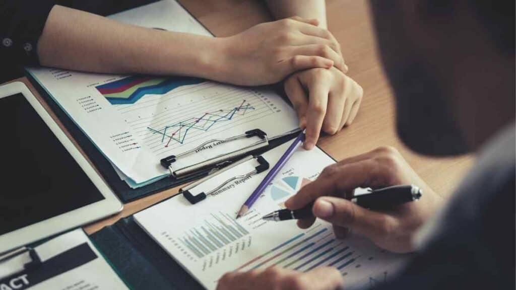 Contoh Manajemen Bisnis
